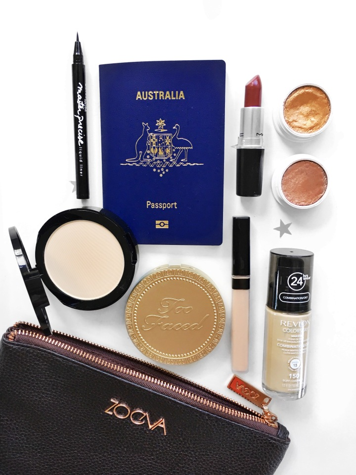 What's In My Travel MakeupBag