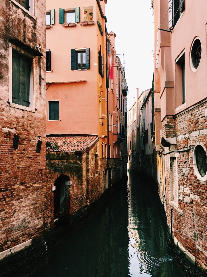 A Guide to Taking Instagram-Worthy TravelPhotos